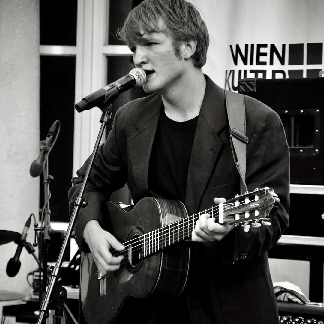 Felix Kramer live in Graz